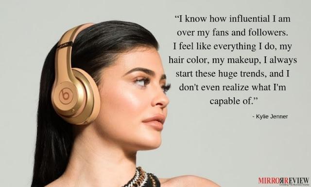 Kylie Jenner Instragram dan Bisnis Kosmetik Jutaan Dollar