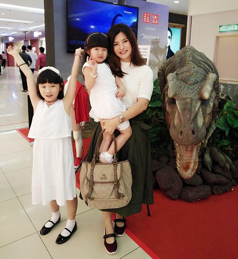 The Beauty Junkie Ranechin Com Uniqlo Malaysia Launches