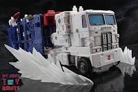 Transformers Kingdom Ultra Magnus 65