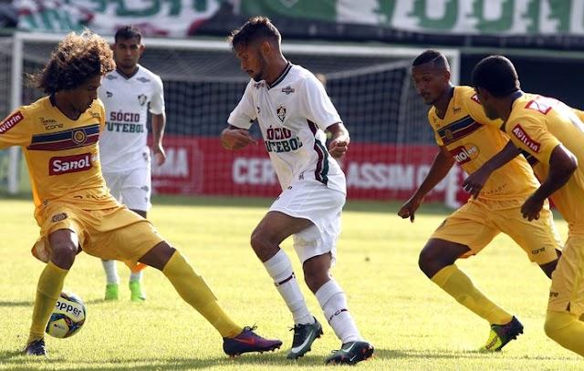 Fluminense suporta pressão do Madureira e se classifica para final da Taça GB.