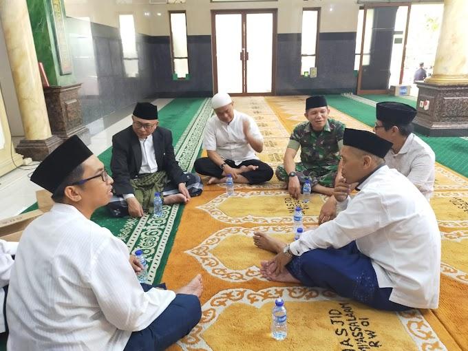 Babinsa Koramil 04/Ckr Komsos Bersama Tokoh Agama