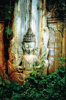 Fine Buddha Sculpture Creation