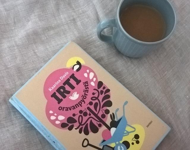 kirjat ja minimalismi