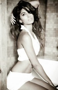 Erica Fernandes Hot Photoshoot