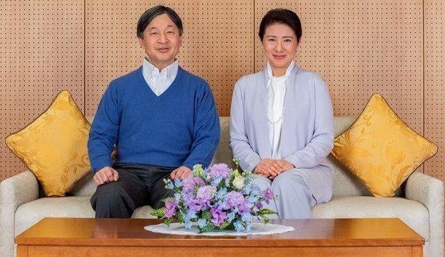 Crown Prince Akishino and Crown Princess Kiko, Empress Masako,  Princess Mako and Princess Kako
