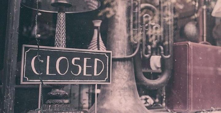 Η λίστα των επιχειρήσεων που παραμένουν κλειστές έως 17 Μαΐου