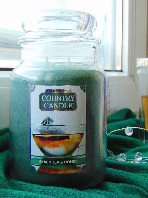 Country Candle, Black Tea & Honey