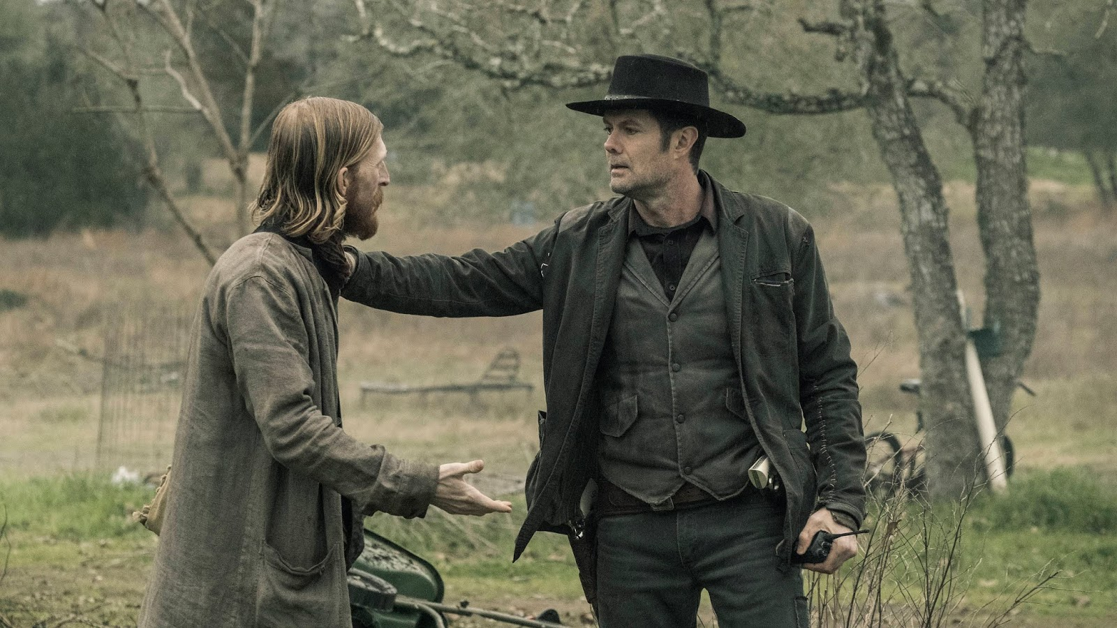Dwight y John Dorie en el episodio 5x06 Tje Little Prince de Fear The Walking Dead