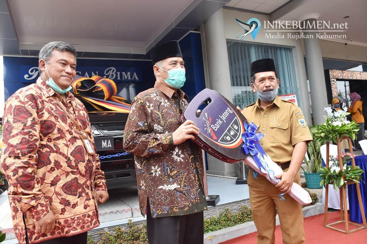 Desa Banjareja Puring Menang Hadiah Mobil Mitsubishi X-Pander