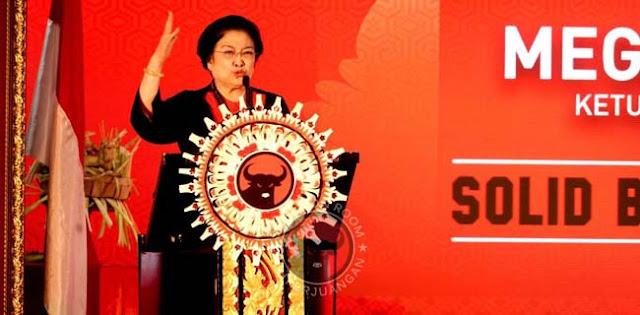 Di Kongres V PDIP, Megawati Harusnya Ngomong Program Partai, Bukan Jatah Menteri
