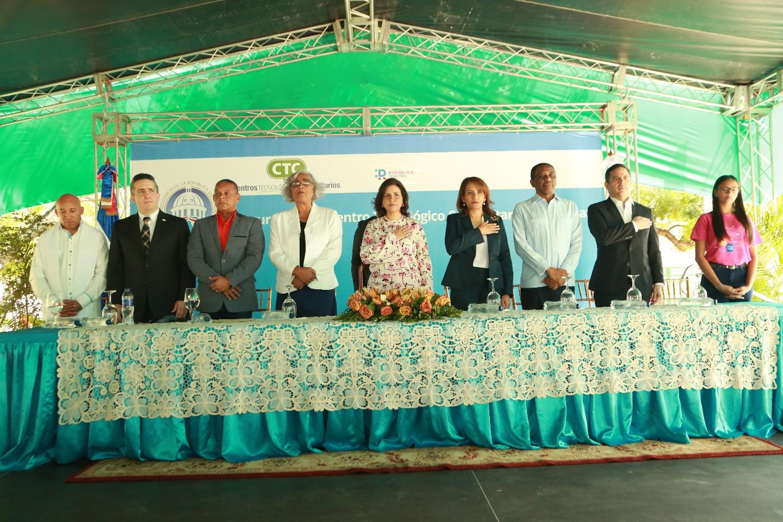 Jimaní recibe Centro Tecnológico de la Vicepresidencia; tendrá metodología Maker