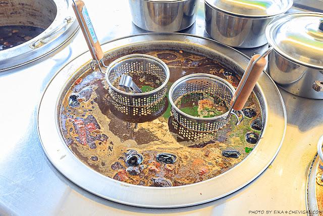 MG 8323 - 熱血採訪│陳記酥嫩臭豆腐最新力作,灶房麻辣川丸子香辣夠味!還有一個人也能獨享的酸菜白肉鍋!