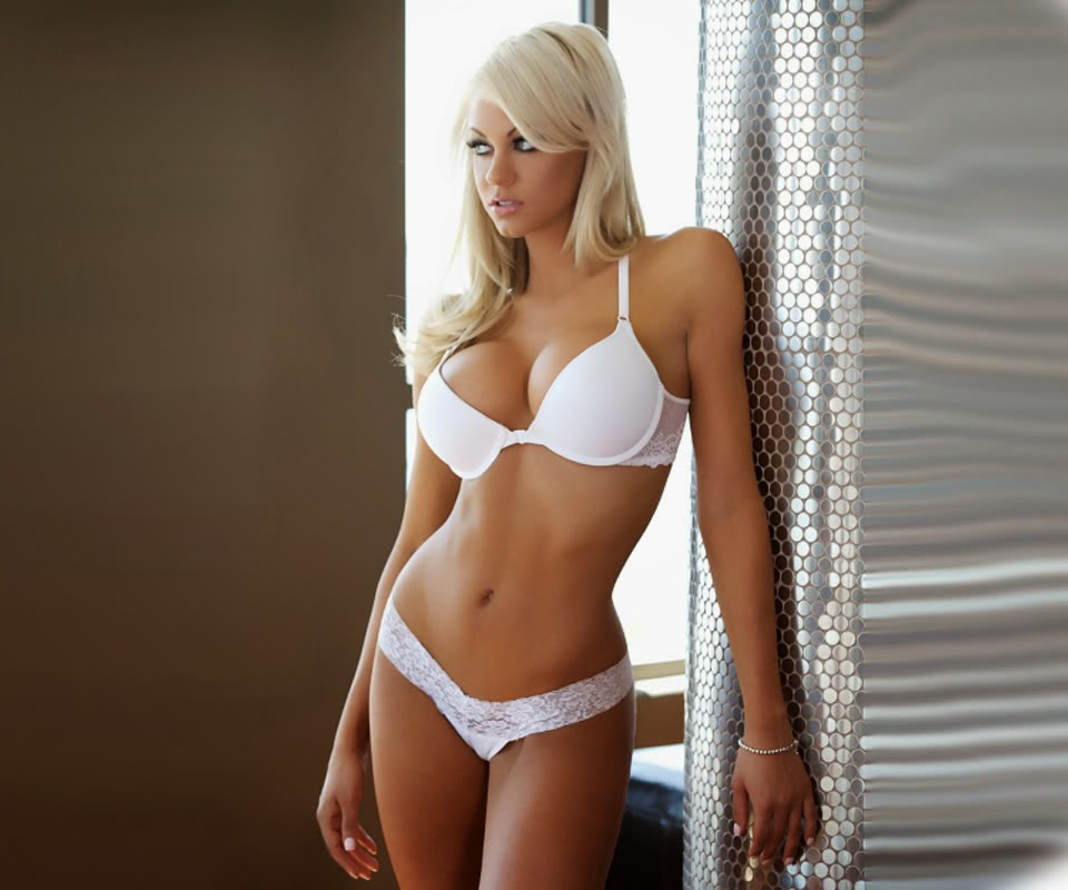 Landry Fields is now dating buxom blonde model Elaine Alden (Photos)