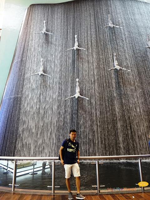 迪拜最大广场