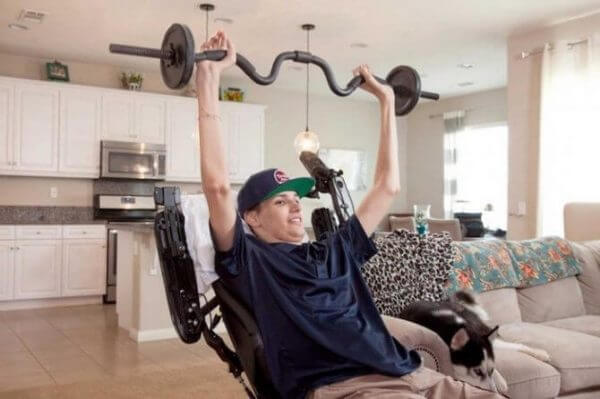 This Paralyzed Man Was The First To Be Treated With Stem Cells And Has Now Regained The Use Of His Arms And Hands