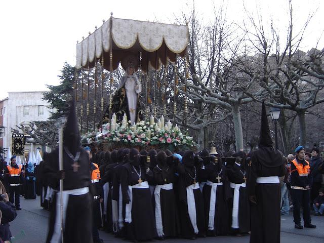 Semana Santa en León | España | Fotos urbanas + nocturnas | Fiesta religiosa