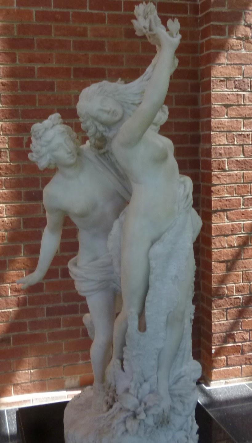 Bendigo Art Gallery - Apollo & Daphne