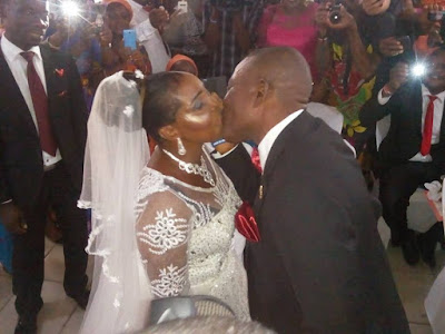 50-Year-Old Woman Gets Married For The First Time In Port Harcourt