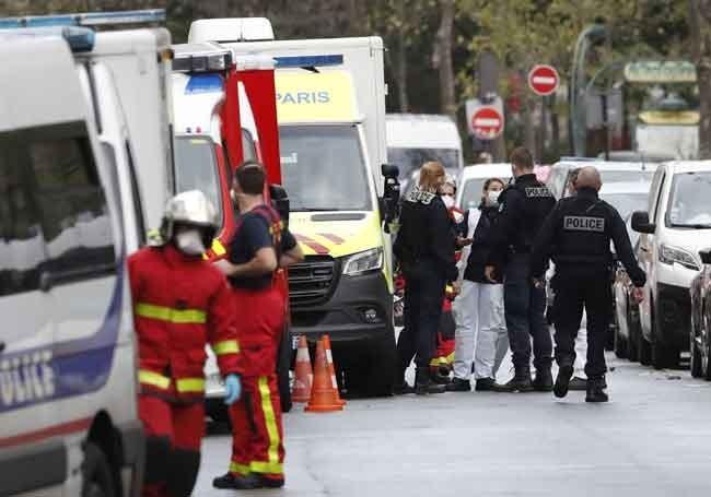 """Attaque à Paris : """"un acte de terrorisme islamiste..!"""" selon Gérald Darmanin"""