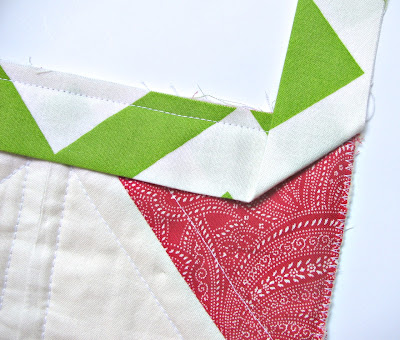 Fold the Binding Strip Back at the Corner to Sew a Neat Quilt Corner