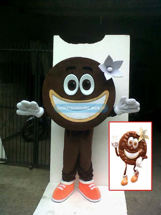 Badut biskuit rasa vanilla maskot much better