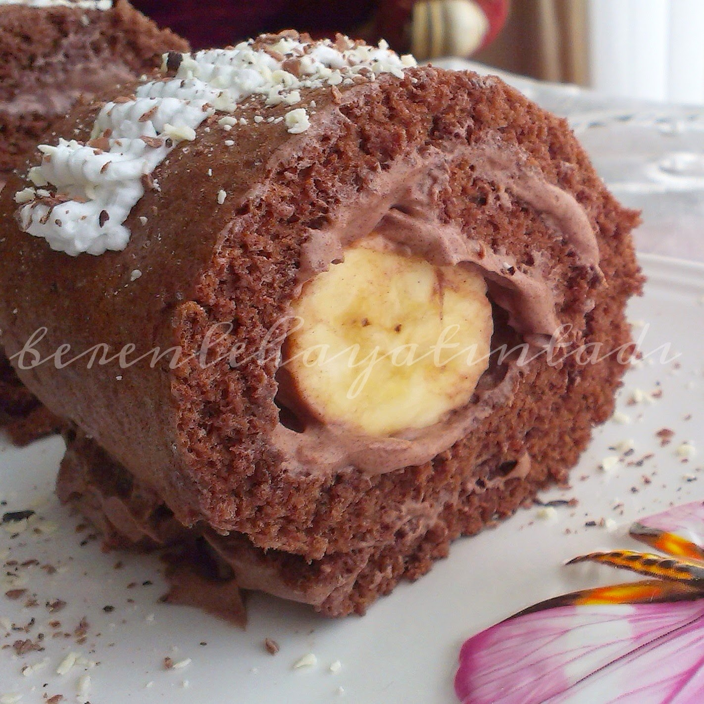 Çikolatalı Muzlu Rulo Krep
