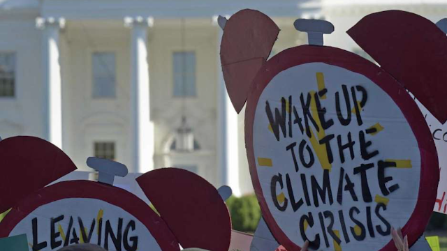 Climate change sparks tension among Democrats