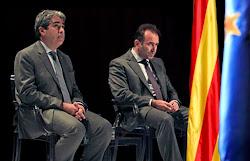 Homs y MikiMoto en un acto institucional