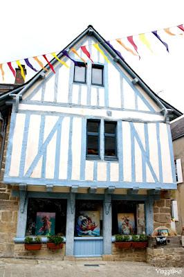 Una delle case a graticcio nel centro storico di Guérande