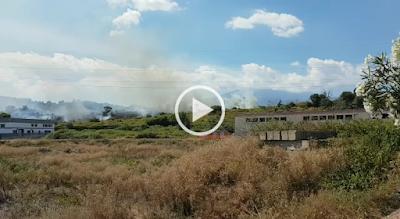 http://www.lurlo.info/it/incendio-ad-aci-catena-ma-i-vigili-del-fuoco-sono-andati-via/