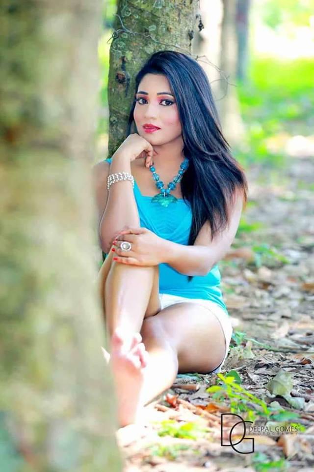 Sri lankan sexey girls