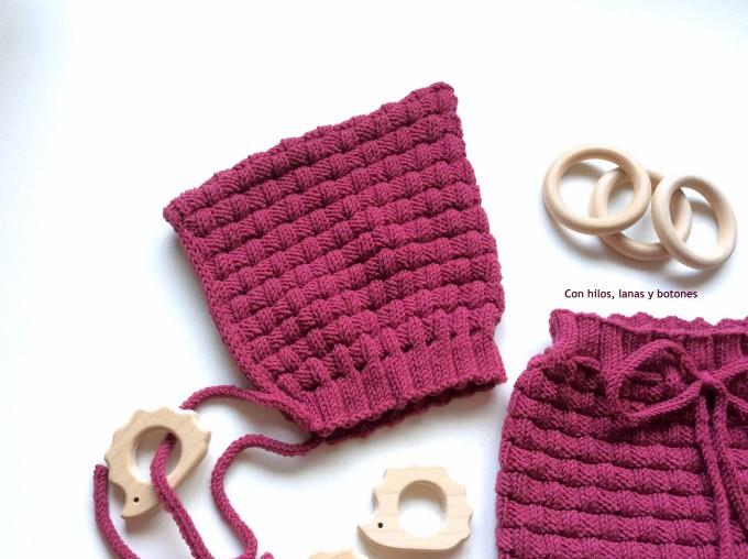 Con hilos, lanas y botones: Picnic Baby Bloomers and Pixie Hat