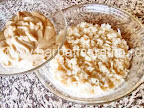 preparare reteta salata ruseasca cu peste marinat - punem doua linguri de maioneza peste stratul de cartofi razuiti
