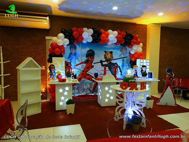 Decoração de festa tema Miraculous - Ladybug - Cat Noir - Aniversário infantil