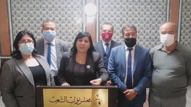 """تونس ـ بالفيديو ... عبير موسي : """"مبروك كورشيد ضربني على رقبتي ودزني لصّقني في الحيط"""""""