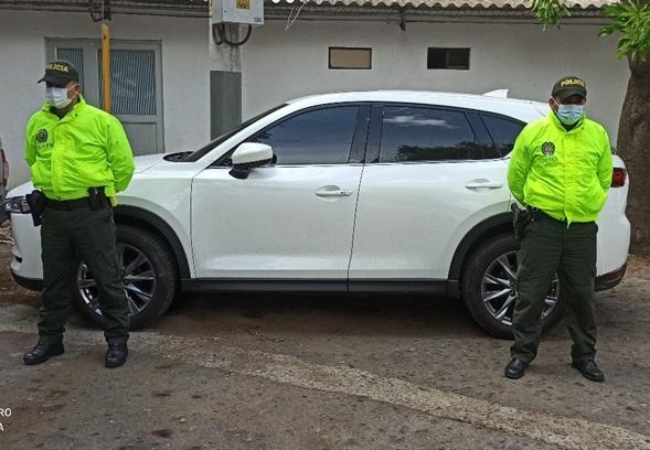 hoyennoticia.com, En Valledupar recuperan un carro y una camioneta robados en La Paz y en Barranquilla