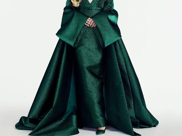 Golden Globes 2021 // Anya Taylor-Joy in Christian Dior