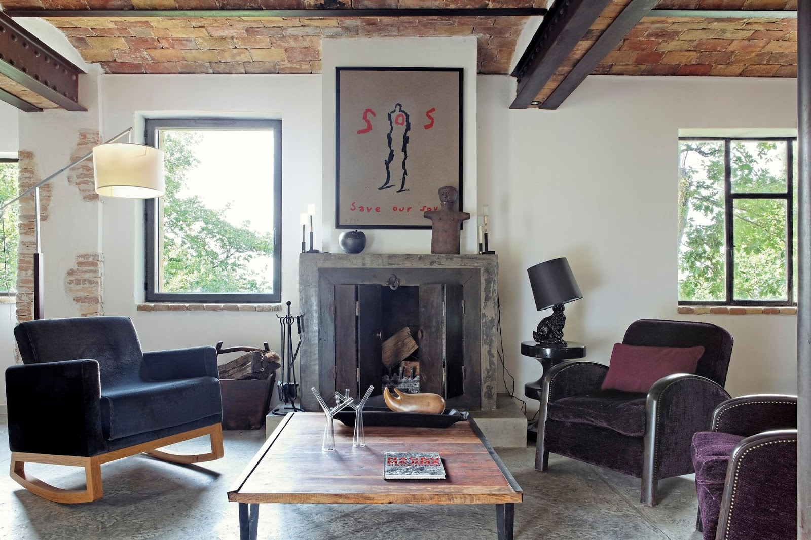 A stone house in South France with an eclectic style
