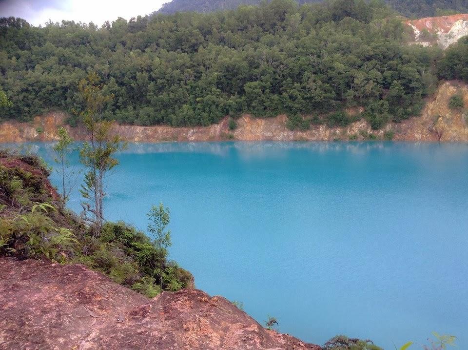 Bukit Ibam Blue Lake
