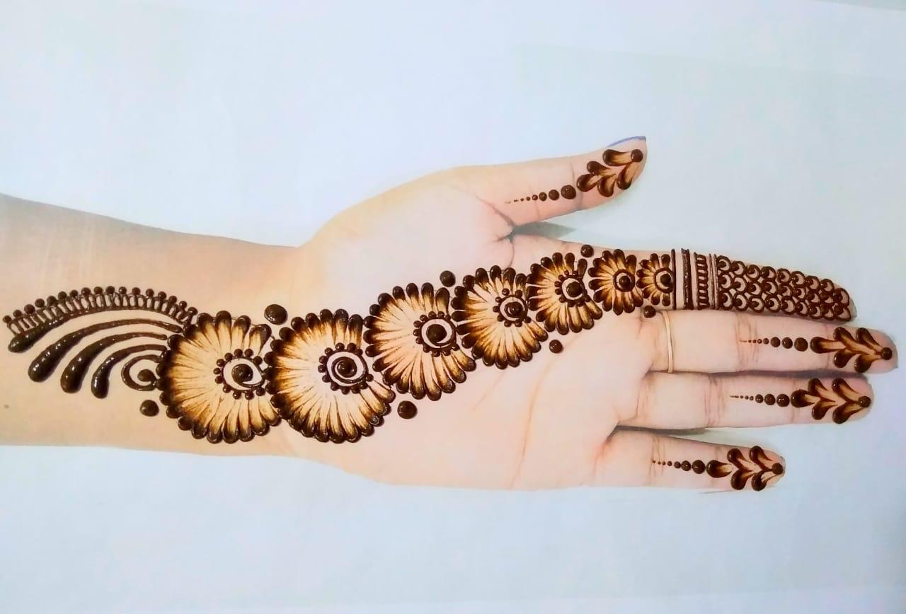 Cotton Earbuds Mehndi Design
