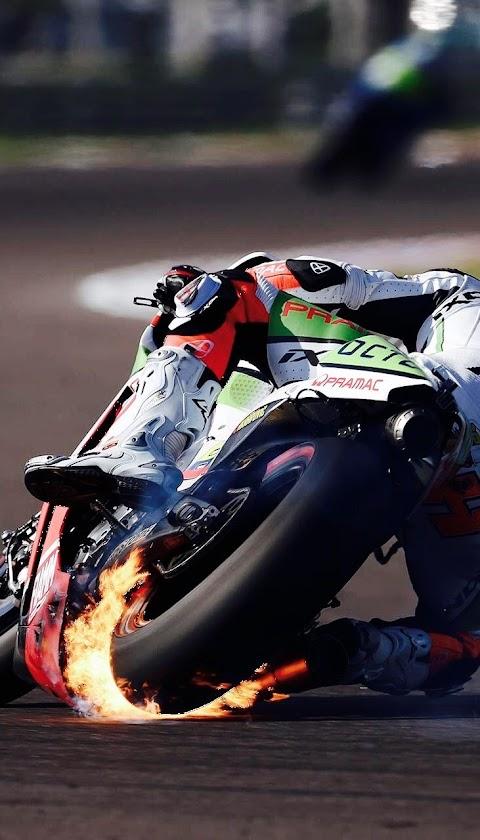 Moto GP rực lửa