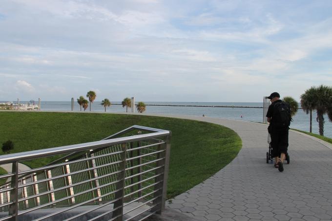 Kokemuksia Miami Beachin hotelleista ja majoituksista lasten kanssa sekä leikkipaikoista / Mercury Hotel Miami South Pointe