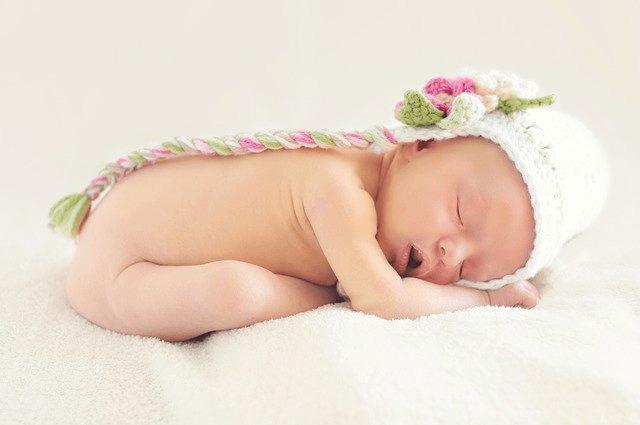 Mengobati Cegukan Pada Bayi