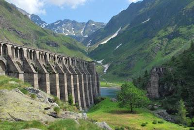 Gite in Lombardia - Bergamo e provincia- lago e diga del Gleno