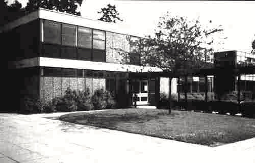Photograph of Mathematics block completed 1974 (photo - 1988), image from Lilian Caras