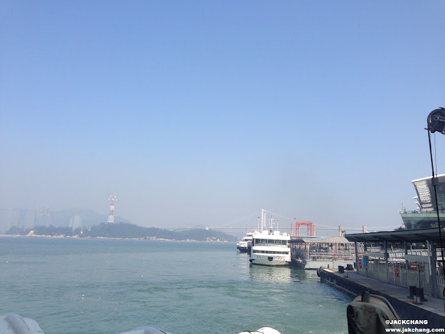 開船離開廈鼓碼頭