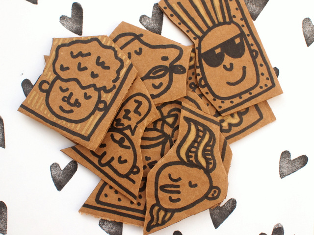 how to do a fun cardboard face collaborative art project with the whole family- fun kid-friendly craft