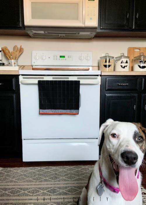 Halloween Hand towel - doggo in photo of stove