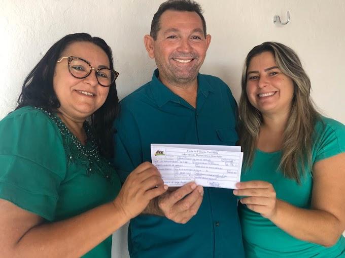 Vereador Francimário Araújo desiste de candidatura a prefeito e assina filiação ao MDB