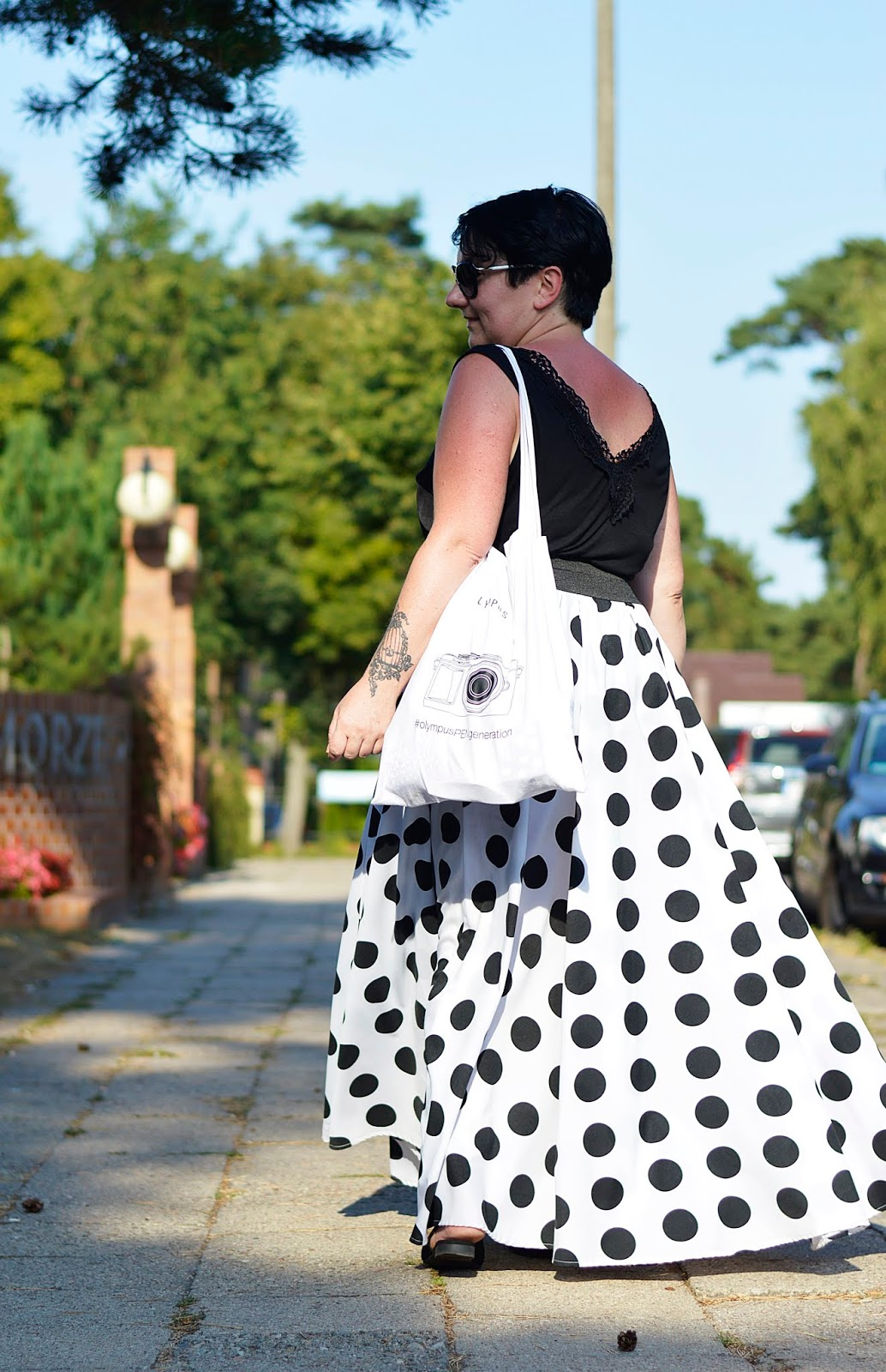 Black and white style, Black and white fashion, Polka dots skirt